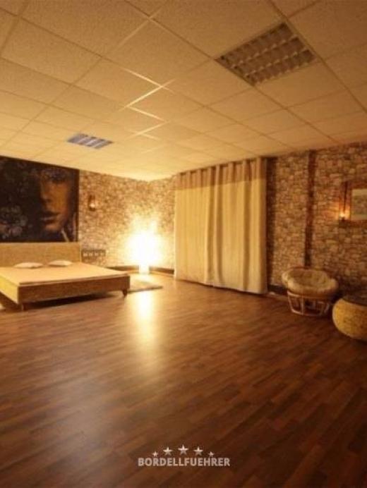 Erotic Lounge in Bad Oeynhausen - 015166723302 | Erobella